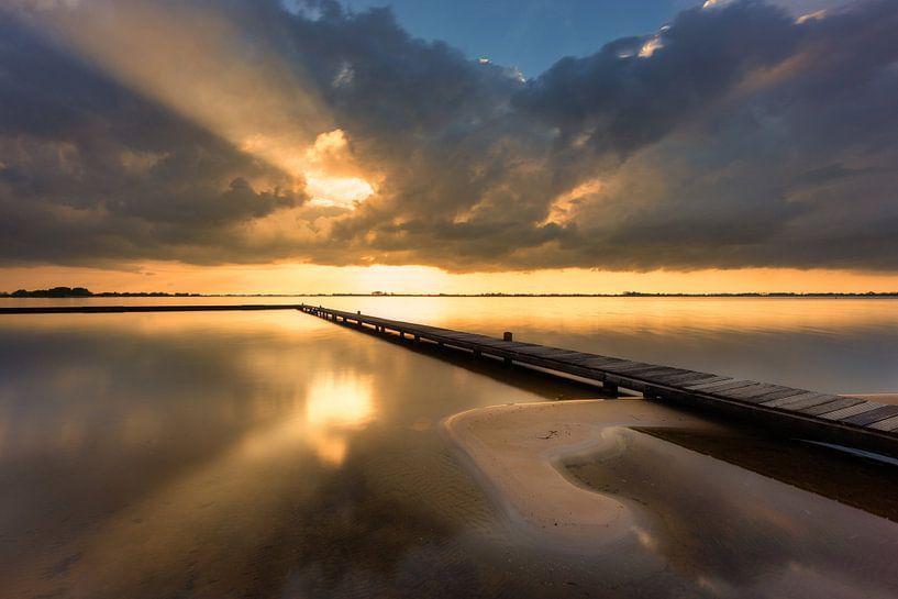Light after the Storm - Schildmeer, The Netherlands van Bas Meelker