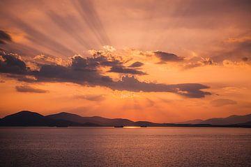 Sonnenuntergang in der Ägäis von Tes Kuilboer