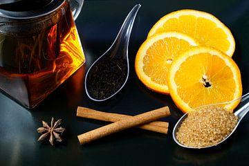 Thé noir avec cannelle, anis et quartiers d'orange sur Babetts Bildergalerie