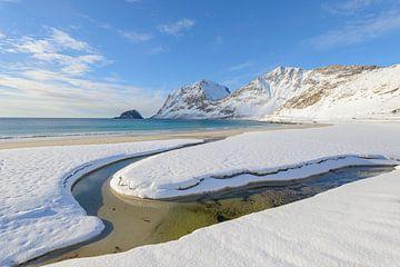 Haukland beach in the Lofoten in winter sur Sjoerd van der Wal