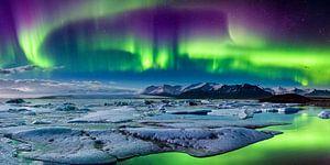 Polarlichter über der Gletscherlagune, Island von Sascha Kilmer