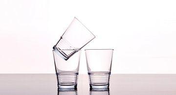 Drie lege glazen van Kim Dalmeijer