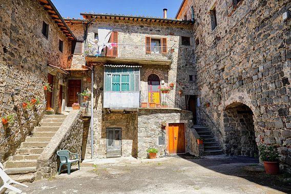Binnenplaats Abbadia San Salvatore van Jan Sportel Photography