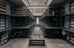 Een verlaten bibliotheek