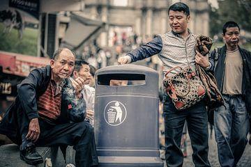 The Smokers Lounge van Cho Tang
