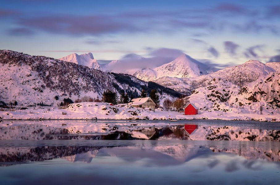 Steinefjorden sunset van Wojciech Kruczynski