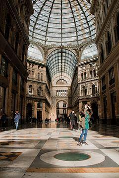 Galleria Umberto van Kelly Myers