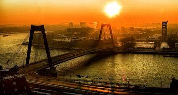 Zonsopgang boven winters Rotterdam Zuid van Vincent van Kooten