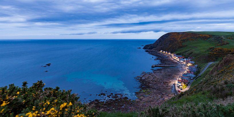 Küstendorf Crovie in Schottland von Werner Dieterich