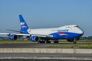 Fraaie Boeing 747-8 Cargo van Azerbaijan Cargo Silkway onderweg naar de Polderbaan voor de terugreis