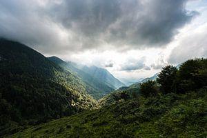 Zonnestralen in de Pyreneeën