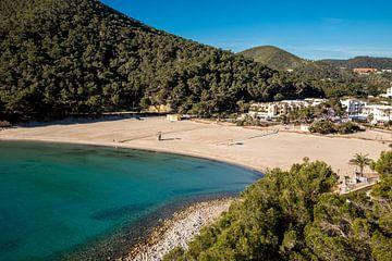 Strand von Cala Llonga von Alexander Wolff