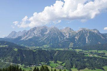 Berglandschap in Oostenrijk van Farzad Madjdian
