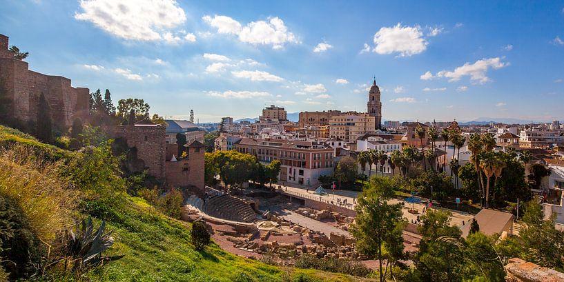 Malaga Panorama historisch centrum van Gerard van de Werken