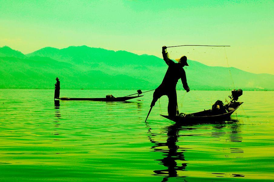 Vissers op Inle Lake, Myanmar van Wijnand Plekker