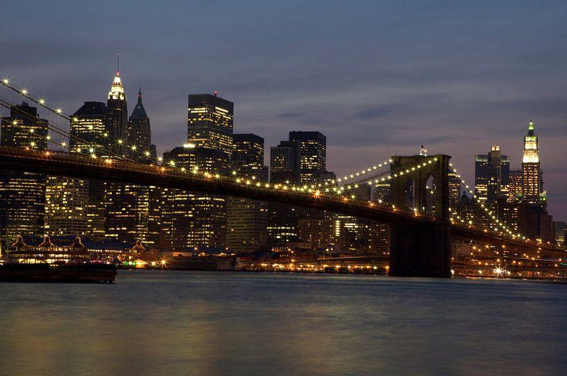 Brooklyn Bridge, Skyline New York van Gerrit de Heus