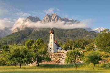 Morgenstimmung in Grainau in Bayern von Michael Valjak