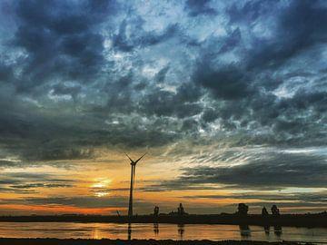 Windmill in rough weather von