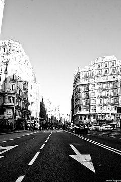 Madrid city life van Pieter Boogaard