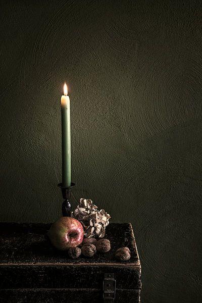 Stillleben mit Kerze von Ellen Gerrits