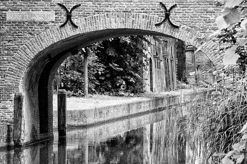 De Brigittenbrug in Utrecht in zwart-wit van