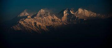 Ganesh Himal, Himalaya, Nepal von Roel Beurskens