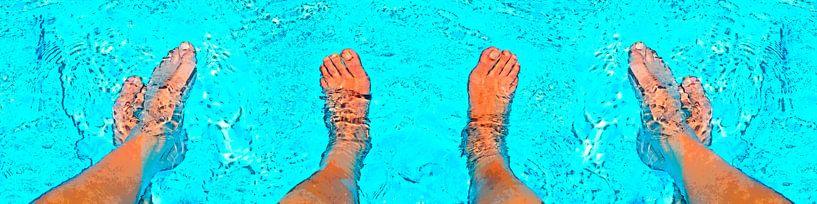 Im Pool von Leopold Brix