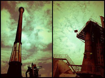Buitenaardse landschappen collage duo torens van Carin Klabbers