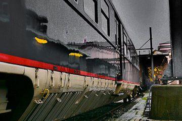 Spoorwegmuseum - Donkerblauwe trein van Wout van den Berg