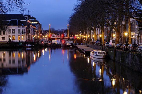 De Bemuurde Weerd met de Weerdsluis in Utrecht (1) van Donker Utrecht