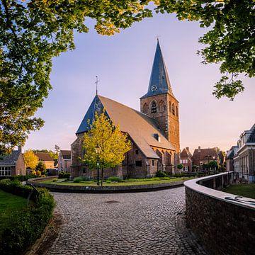 Kerk in Oud Borne (dorp in Twente) van Jeffrey Steenbergen