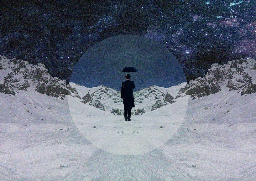 Stranger In The Snow van Maarten Stienstra