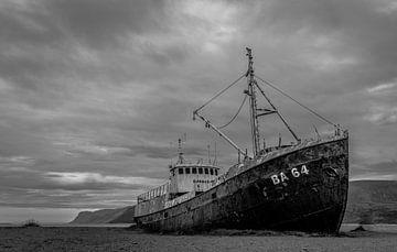 Isländischer Schiffbruch von René van Leeuwen