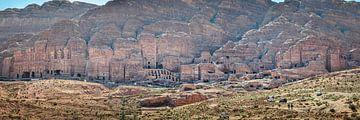 Koningstombe in Petra Jordanië van Jelmer Laernoes