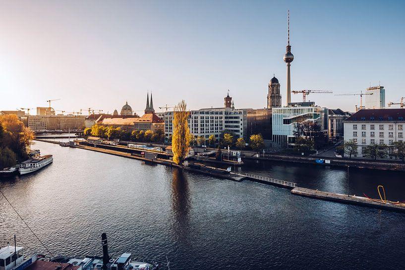 Berlin – Skyline / Historischer Hafen van Alexander Voss