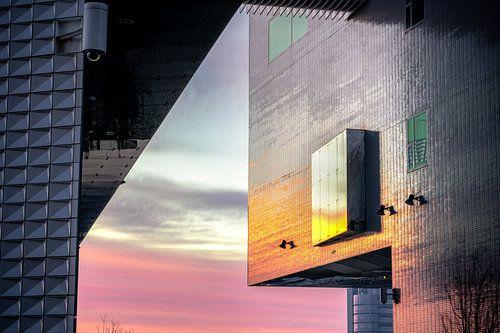 compositie architectuur detail bij zonsopkomst