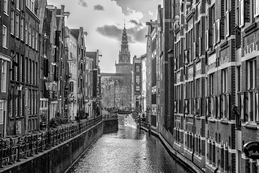 Oudezijds Kolk in Amsterdam van Don Fonzarelli