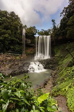 Der Dambri-Wasserfall - Vietnam von Thijs van den Broek