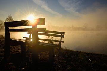 In ochtendmist en zonsopgang van Ulrike Leone