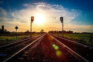 Spoor bij zonsondergang von