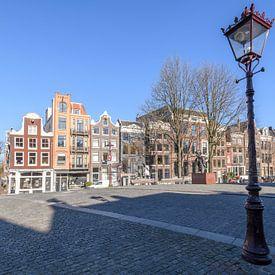 Bijna verlaten Torensluis-brug aan het Singel in Amsterdam van Sjoerd van der Wal