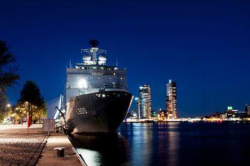 Koninklijke Marine met Zr.MS. Rotterdam van