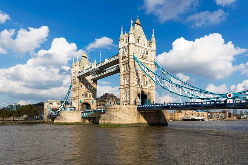 London Tower Bridge van Frank Herrmann