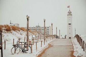 Vuurtoren van Noordwijk in de sneeuw van Yana Spiridonova