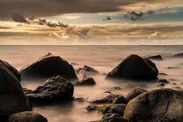Steine im Meer von Stephan Zaun