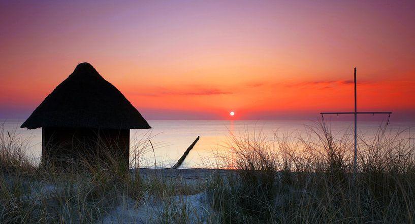 Hütte am Strand von Frank Herrmann