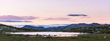 Uitzicht op de bergen rondom Rjukan in Noorwegen van Wouter Loeve
