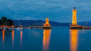 Evening licht in Lindau at lake Constance, Bavaria, Germany van Henk Meijer Photography