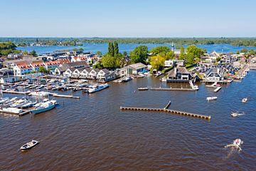 Luchtfoto van Loosdrechtse Plassen bij Loosdrecht van Nisangha Masselink