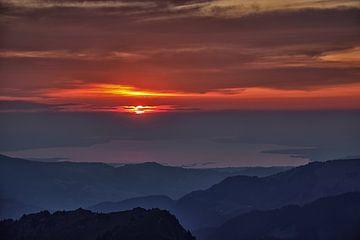 Untergehende Sonne von Hans van Oort